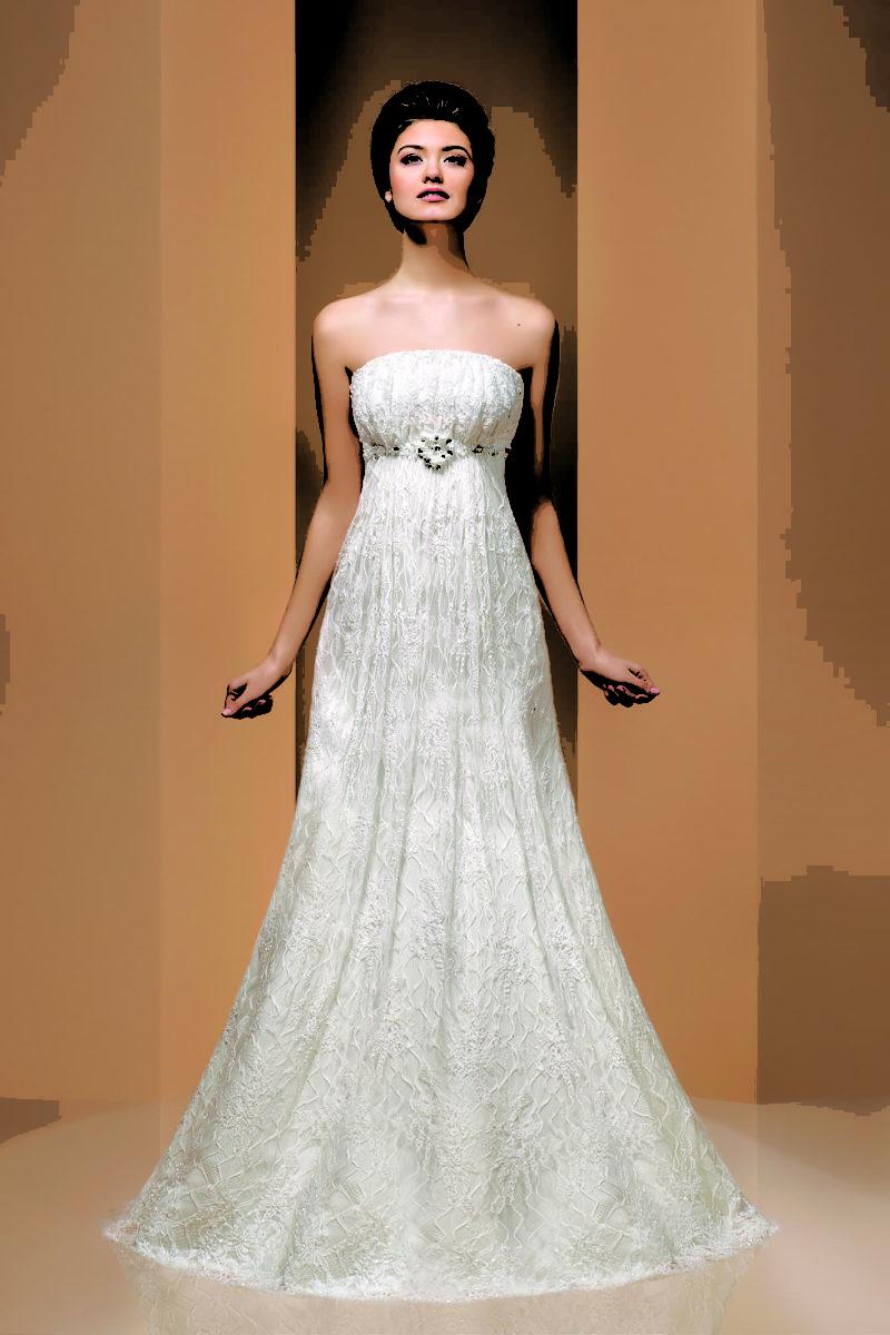 Кружевное свадебное платье облегающего кроя с элегантным лифом с прямым декольте.