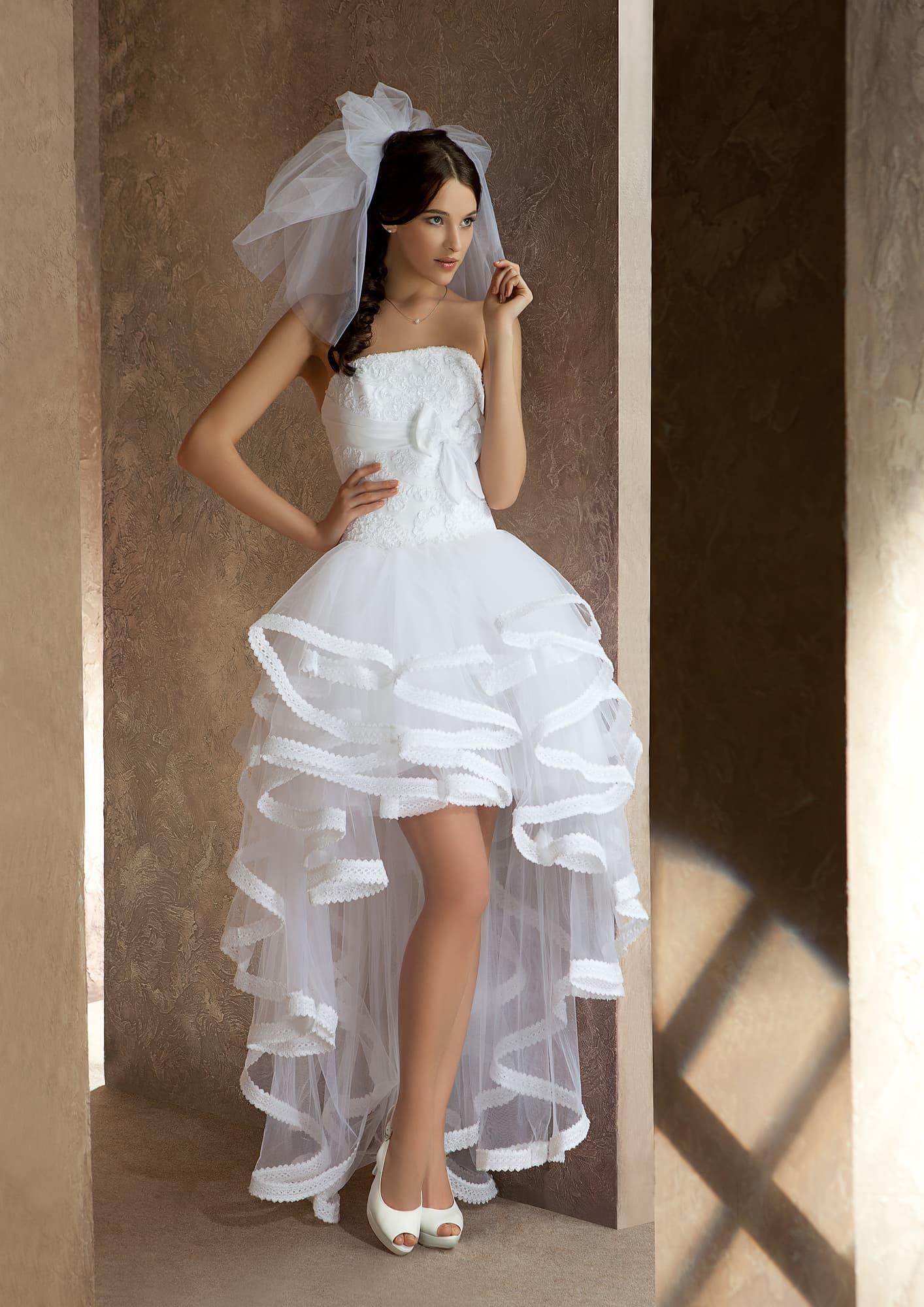 Свадебные платья короткое со шлейфом и цены