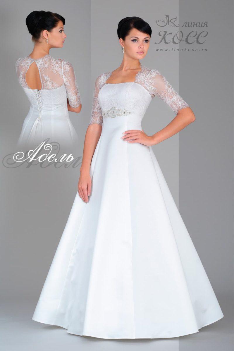 Свадебное платье с юбкой А-силуэта, вырезом на спинке и рукавом из кружева.