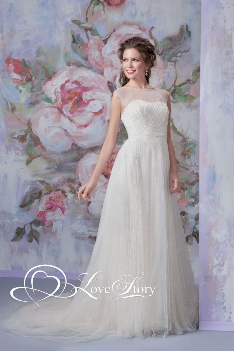 Пышное свадебное платье с нежной бисерной вышивкой по корсету и юбке.