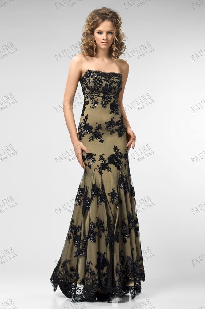 Стильное вечернее платье с черным кружевом на золотистой подкладке.
