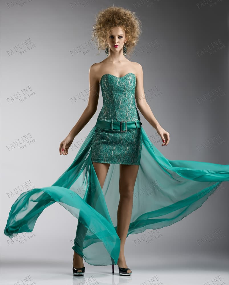 Модные платья со шлейфом