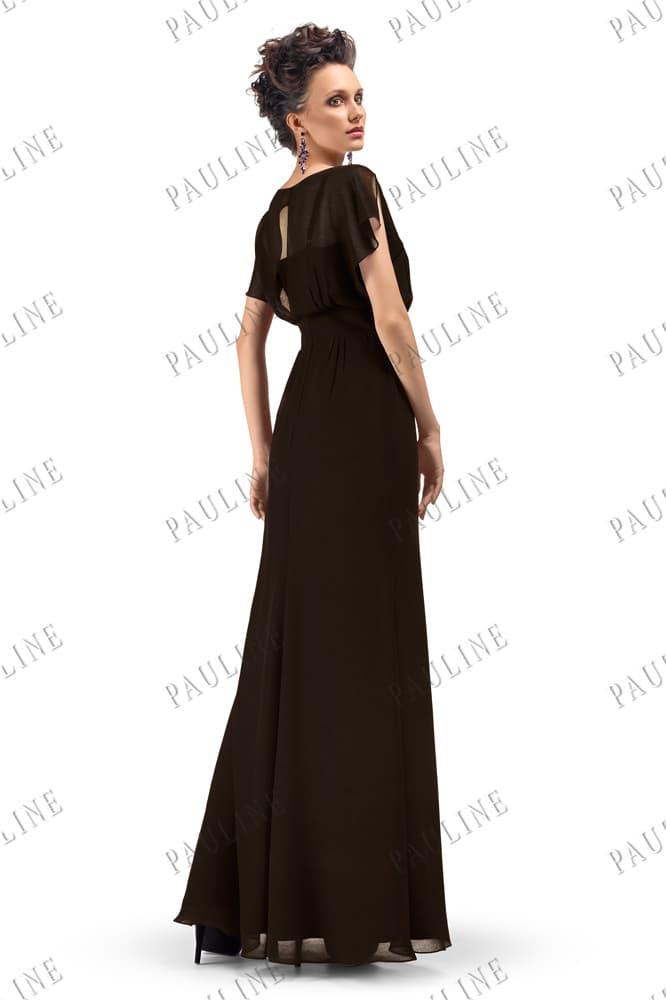 Черное вечернее платье с полупрозрачными рукавами и вырезом на спинке.