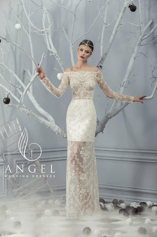 Свадебное платье с полупрозрачной юбкой и соблазнительным верхом с портретным декольте.