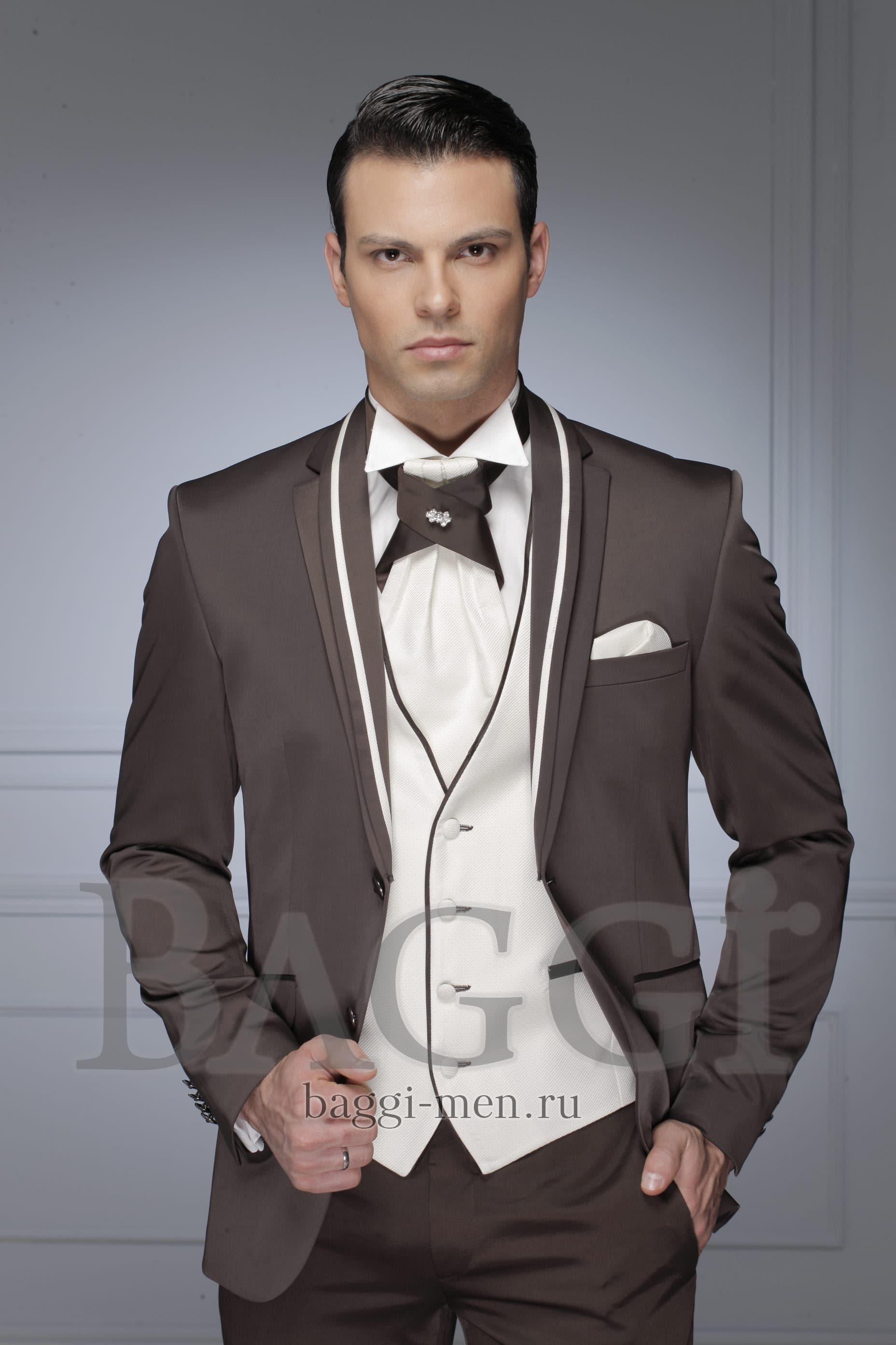 ▷▷Серо-коричневый свадебный костюм-тройка с однобортным пиджаком и брюками  прямого кроя 77421e7b623c4