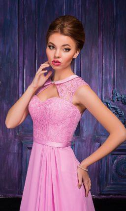 Нежное вечернее платье «принцесса» с оригинальным оформлением открытого лифа.