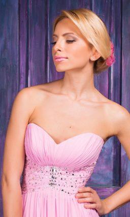 Великолепное вечернее платье «принцесса» яркого розового цвета.
