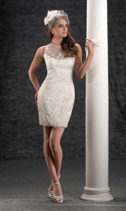 Впечатляющее свадебное платье «русалка» с полупрозрачной многослойной юбкой.