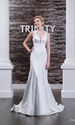 Атласное свадебное платье «рыбка» с округлым вырезом «замочная скважина» и оригинальным декольте.