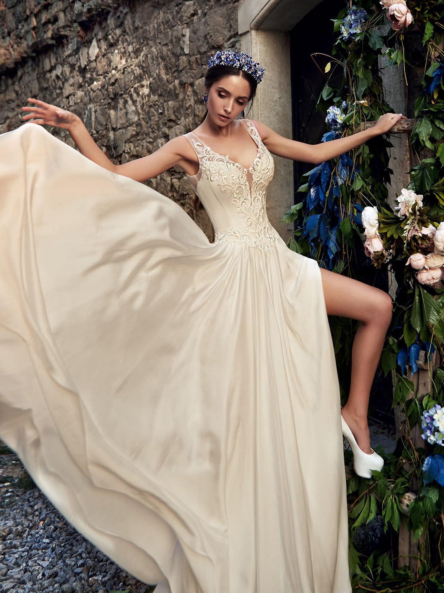Свадебное  фалдами