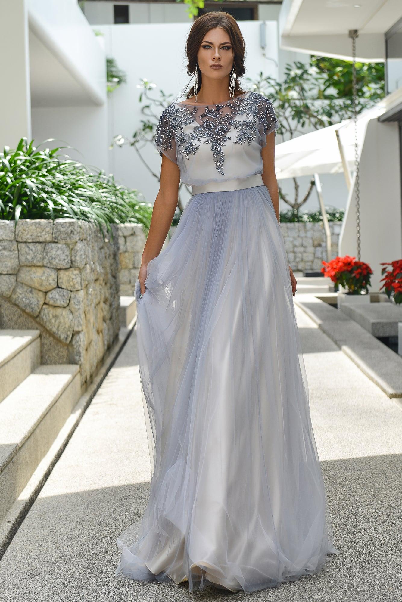 Дымчатое платье свадебное