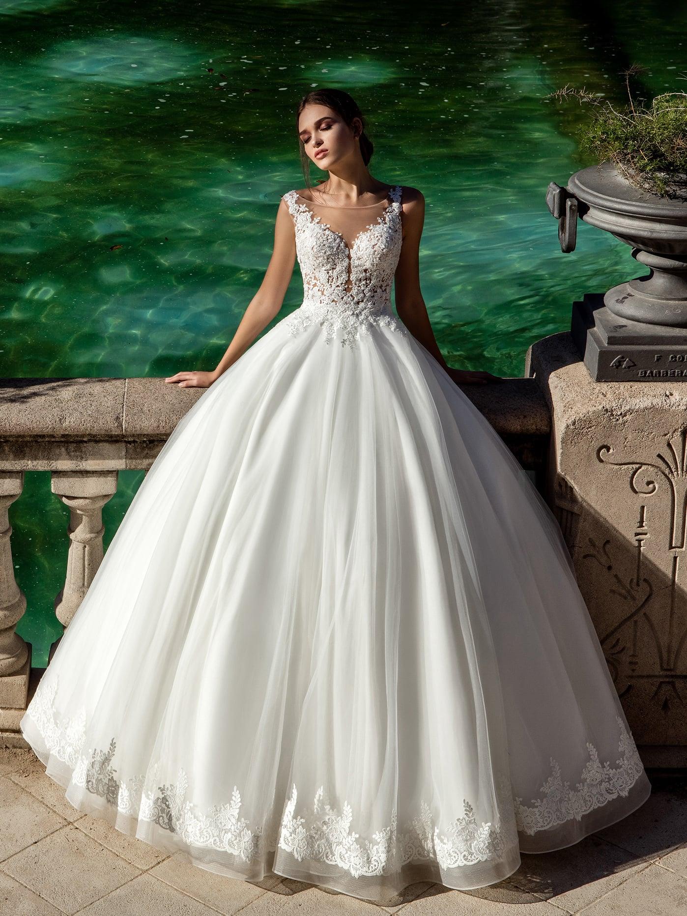 d2a0ecbb043 Свадебное Платье Шикарное Фото