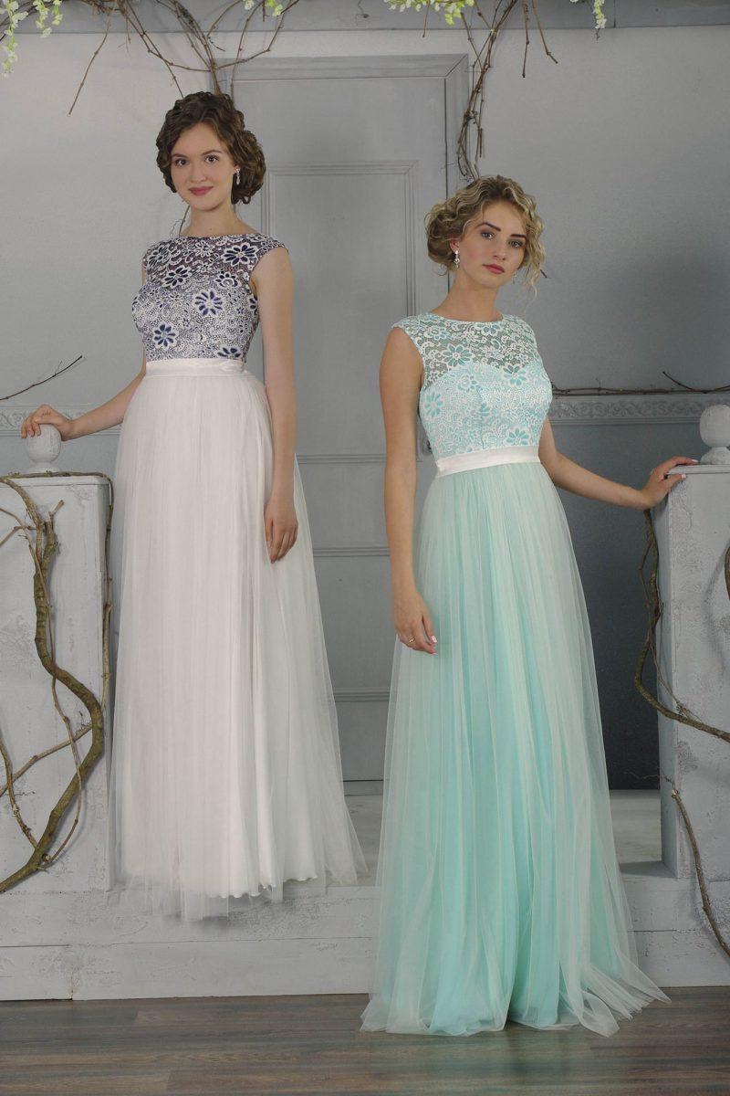 Вечернее платье прямого кроя с воздушной юбкой плиссе и закрытым лифом.