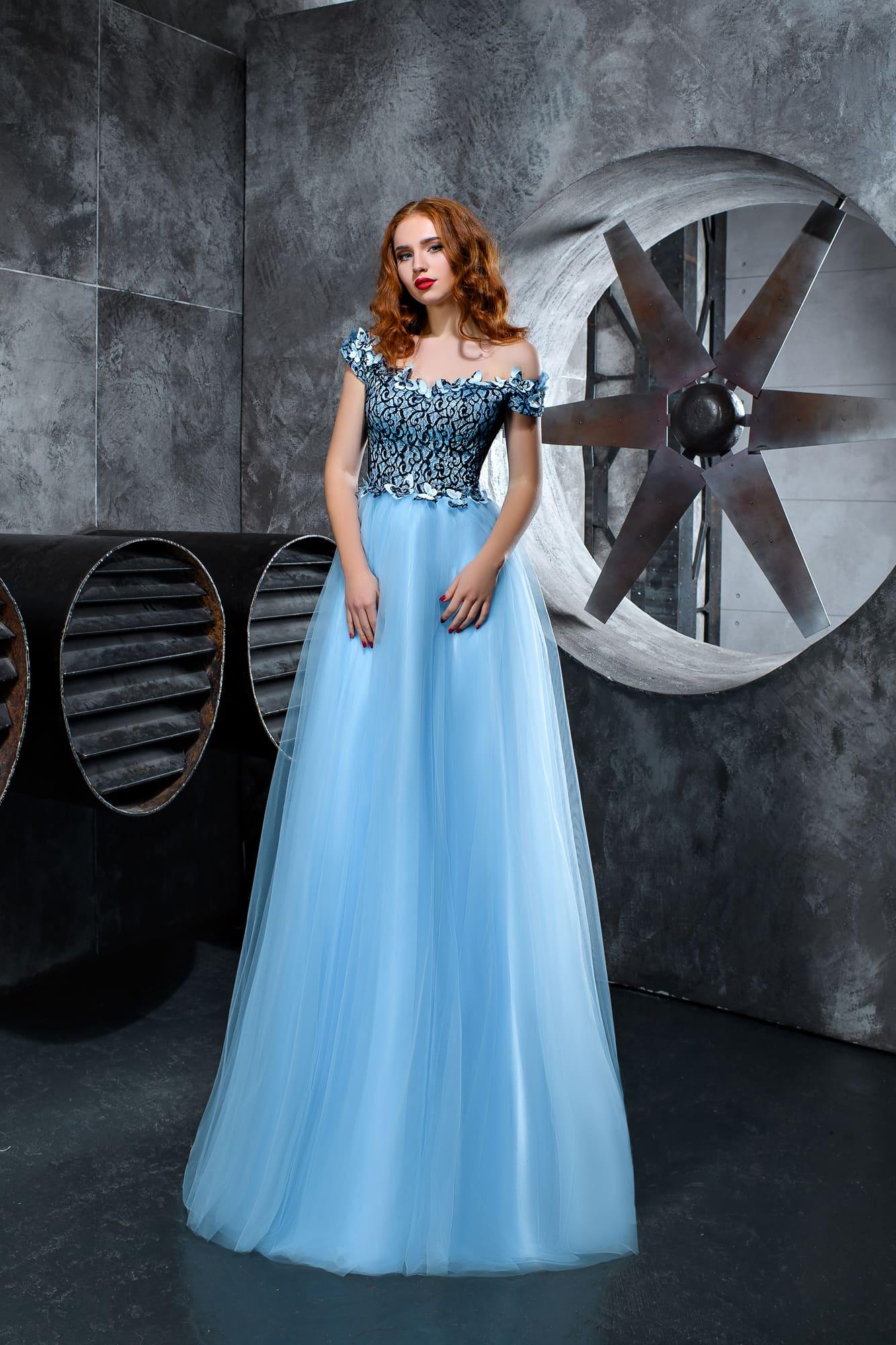d183f49305ed Голубое выпускное платье Kira Nova Диана ▷ Свадебный Торговый Центр ...