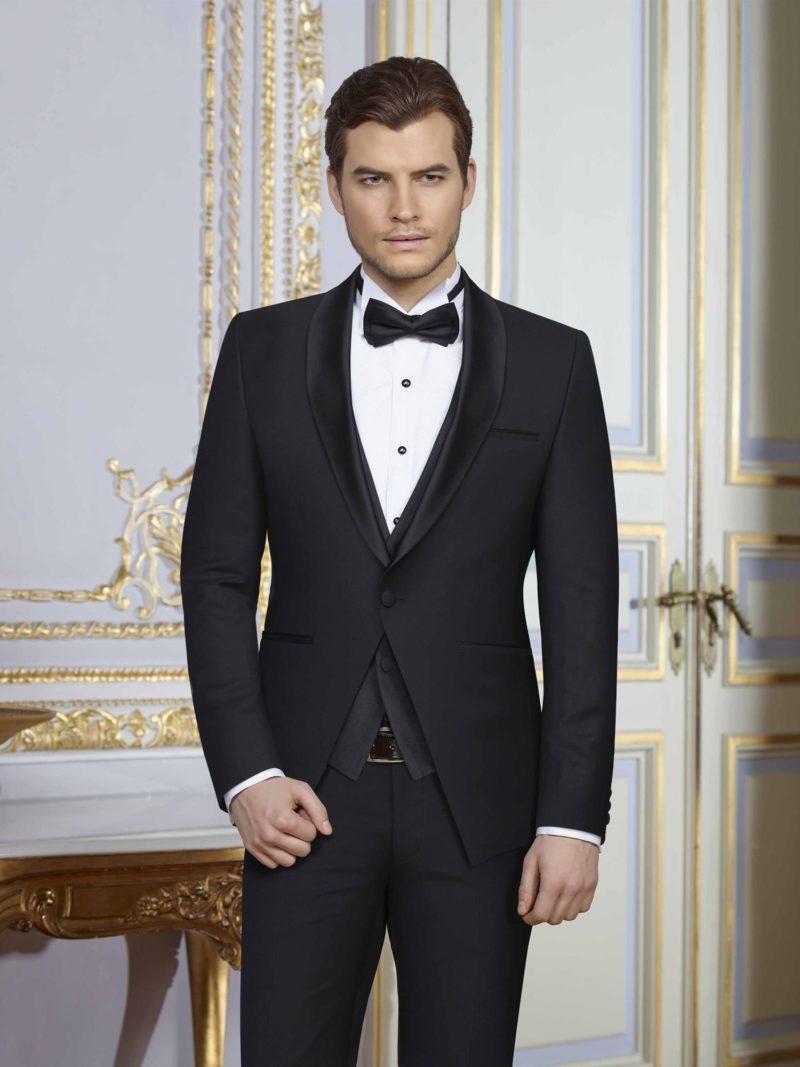 ▶▶Черный мужской свадебный костюм с прямыми брюками и жилетом. ☎ +7 495 724 26 05 ▶▶ Свадебный центр Вега Ⓜ Петровско-Разумовская