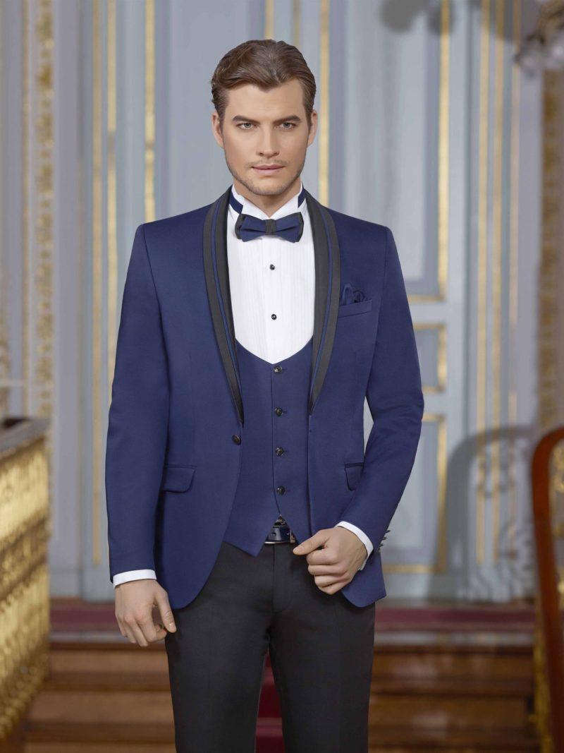 ▶▶Мужской свадебный костюм с черными брюками и синим пиджаком. ☎ +7 495 724 26 05 ▶▶ Свадебный центр Вега Ⓜ Петровско-Разумовская