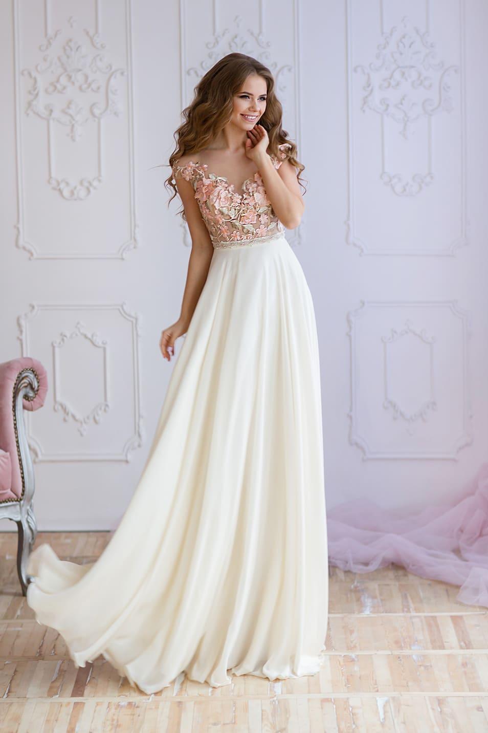 cd4bebccb9e2 Платье с полупрозрачным верхом Valentina Gladun Fontella белое ...