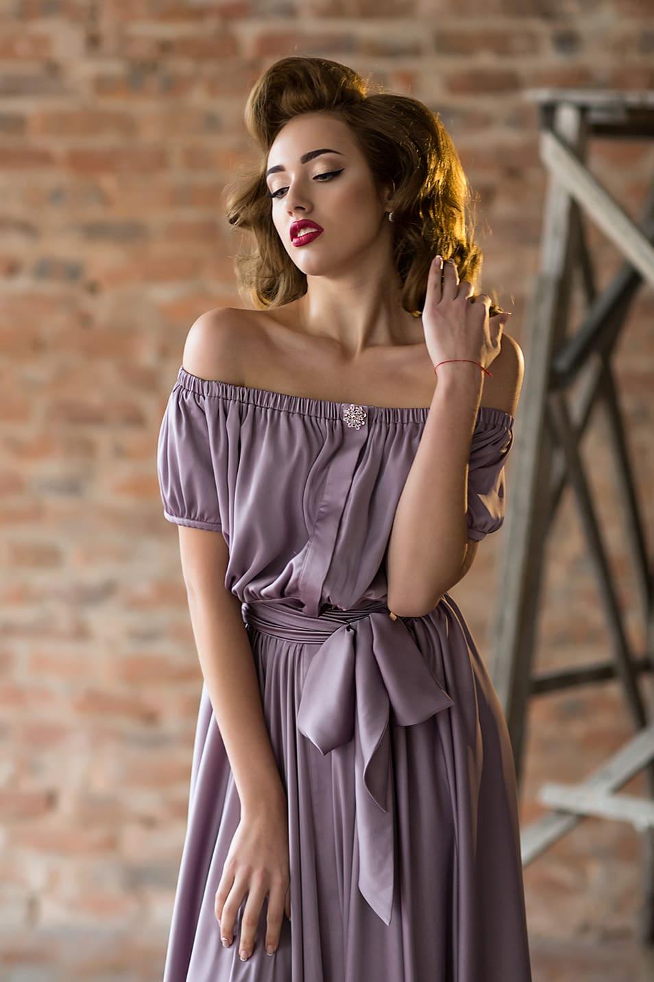 9a42d2b8c389 Свободное платье Valentina Gladun Dalla ▷ Свадебный Торговый Центр ...