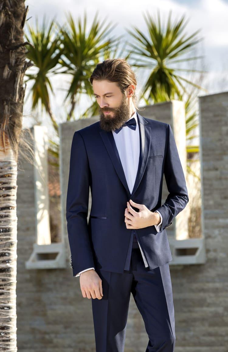 ▶▶Темно-синий мужской свадебный костюм с атласным декором. ☎ +7 495 724 26 05 ▶▶ Свадебный центр Вега Ⓜ Петровско-Разумовская