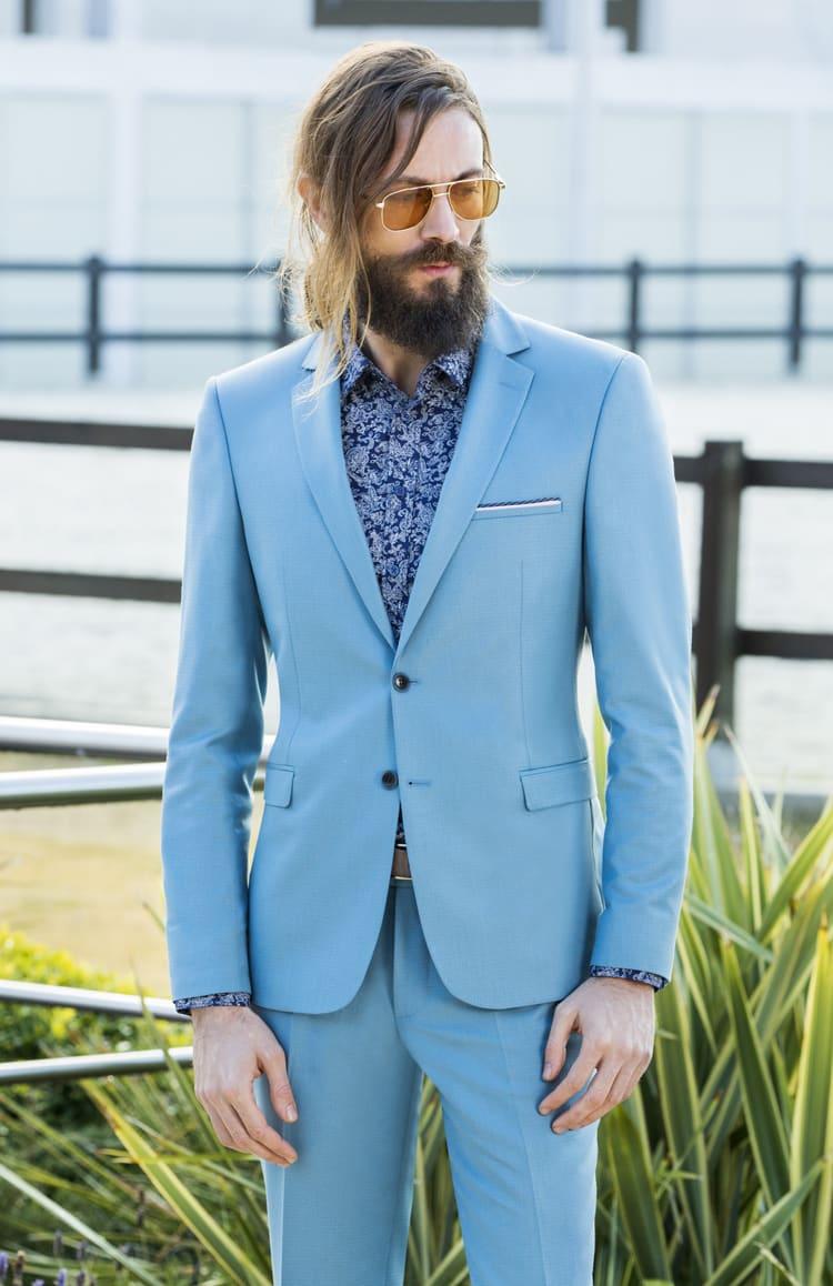 ▶▶Голубой мужской костюм с однобортным пиджаком на темных пуговицах. ☎ +7 495 724 26 05 ▶▶ Свадебный центр Вега Ⓜ Петровско-Разумовская