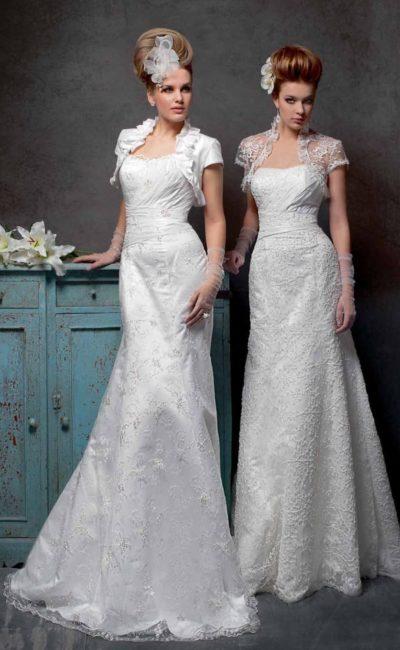 Женственное свадебное платье «рыбка», дополненное изящным болеро из плотной ткани.