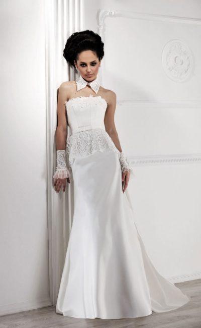 Свадебное платье «принцесса» со стильным воротничком и кружевной баской.