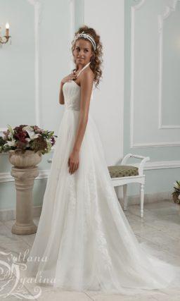 Романтичное свадебное платье «принцесса» с лифом-сердечком.