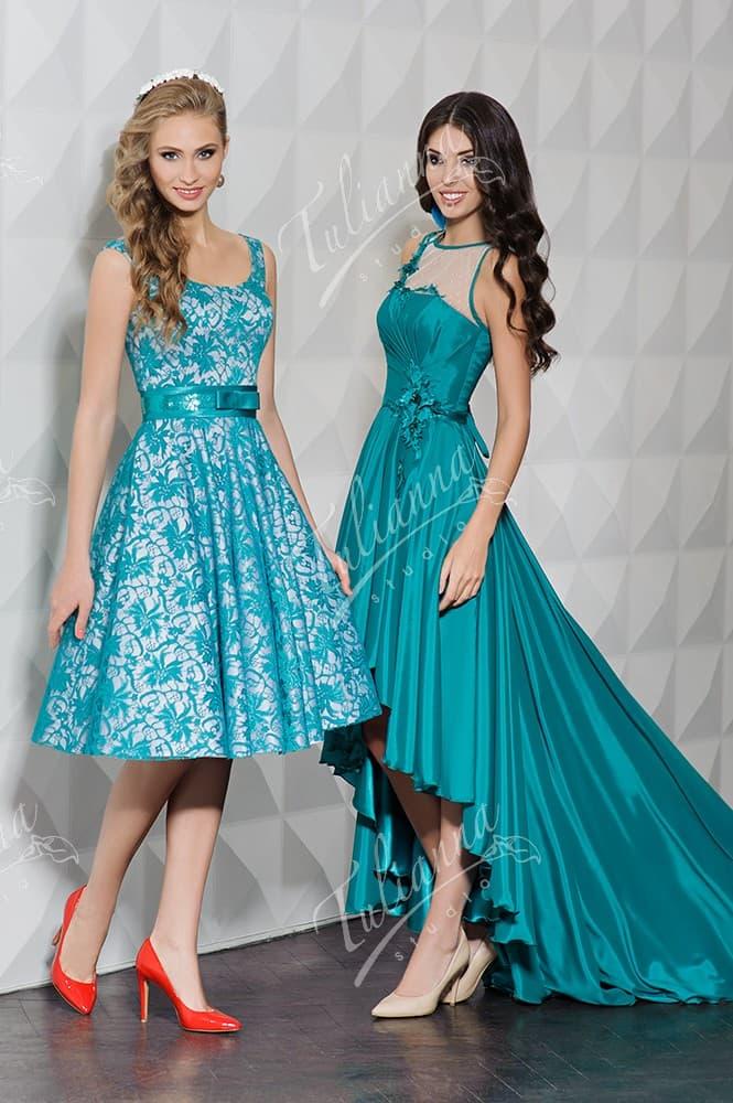 Вечернее платье с юбкой А-силуэта и изящным вырезом.
