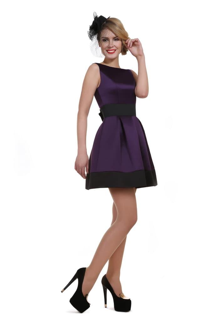 Элегантное вечернее платье с закрытым верхом и объемной юбкой.