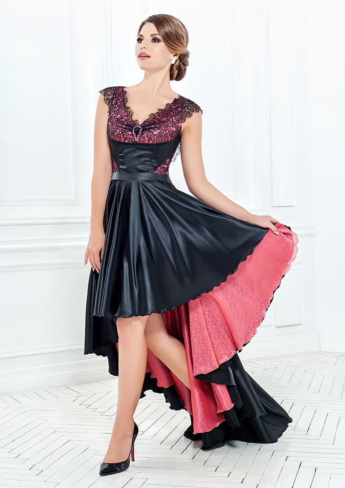 Стильное вечернее платье с укороченным спереди подолом.