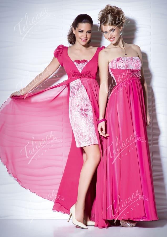 Розовое вечернее платье с глянцевой подкладкой под кружевом.