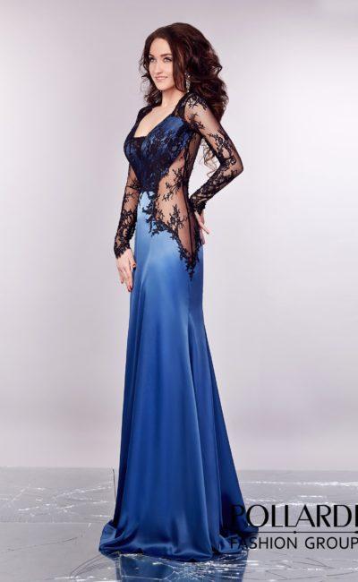 Эффектное вечернее платье из голубого атласа с прозрачными вставками по бокам.