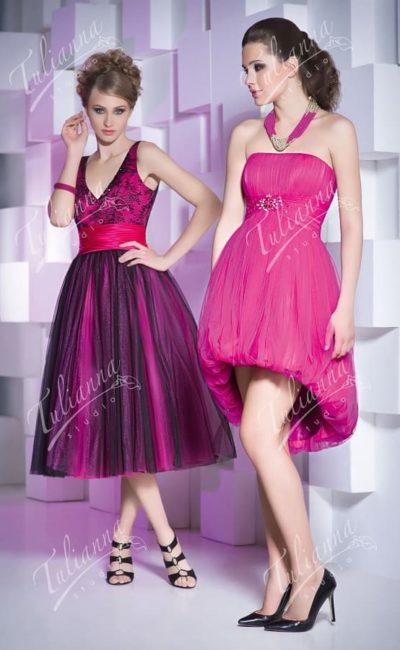 Вечернее платье с пышной юбкой длиной до колена.