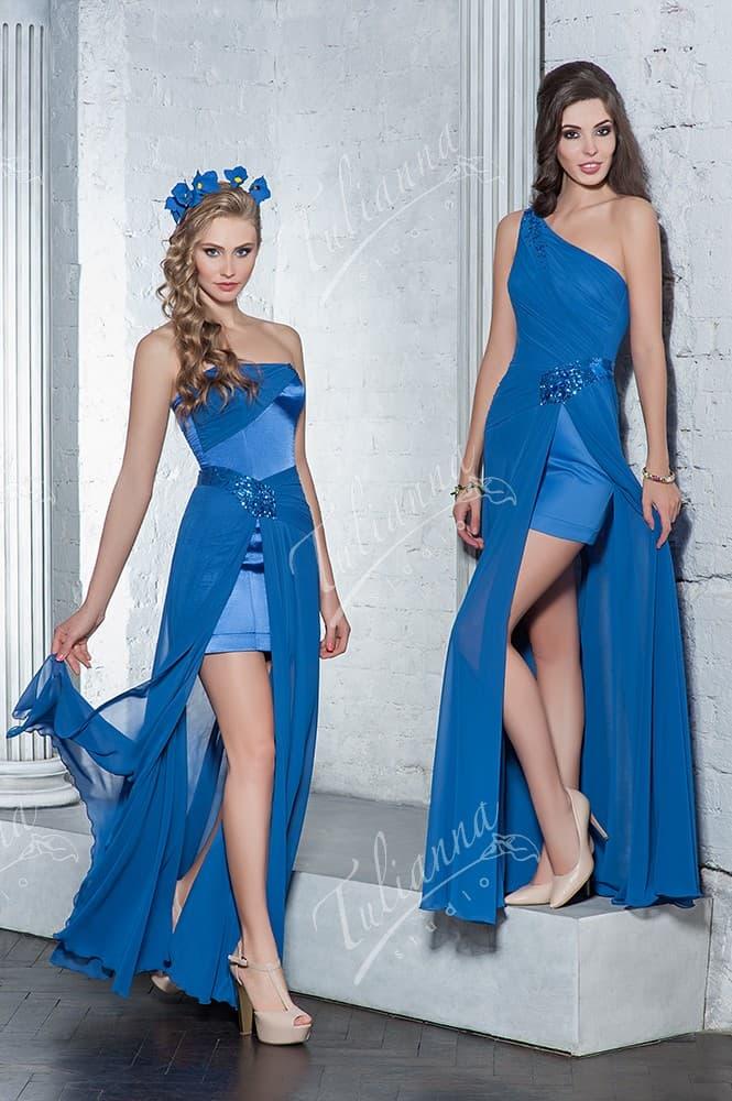Васильковое вечернее платье с юбкой с высокими разрезами.