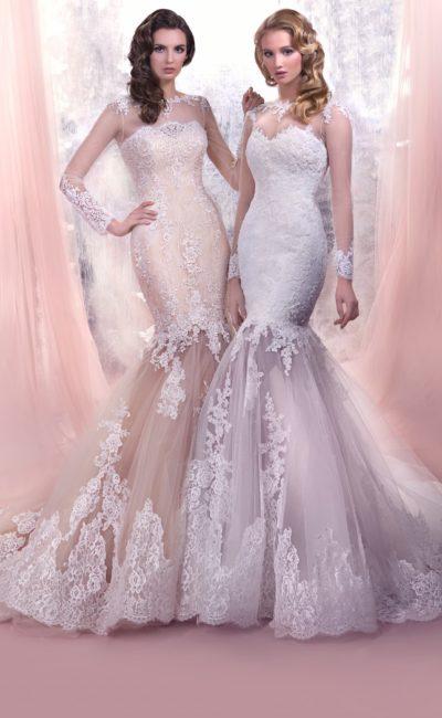 Облегающее свадебное платье с полупрозрачной кружевной юбкой «русалка» и длинным рукавом.