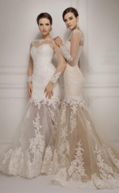 Потрясающее свадебное платье «рыбка» с полупрозрачным низом подола, украшенным кружевом.