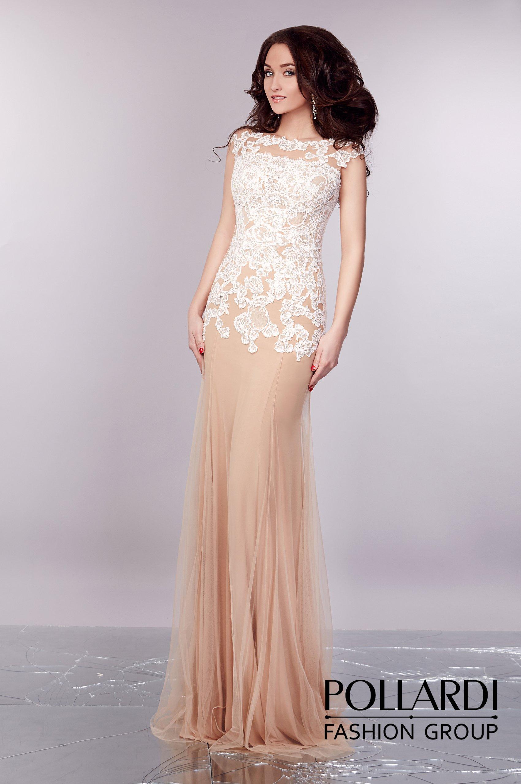 cbf5f416ec9 Элегантное вечернее платье пудрового оттенка с нежной кружевной отделкой по  всему верху.