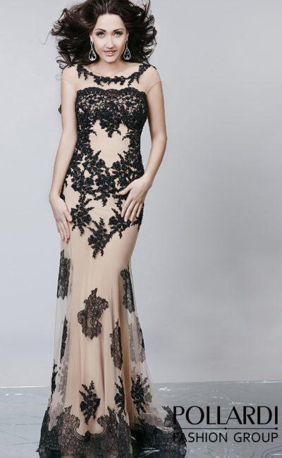 Соблазнительное вечернее платье с бежевой подкладкой и контрастным черным декором.