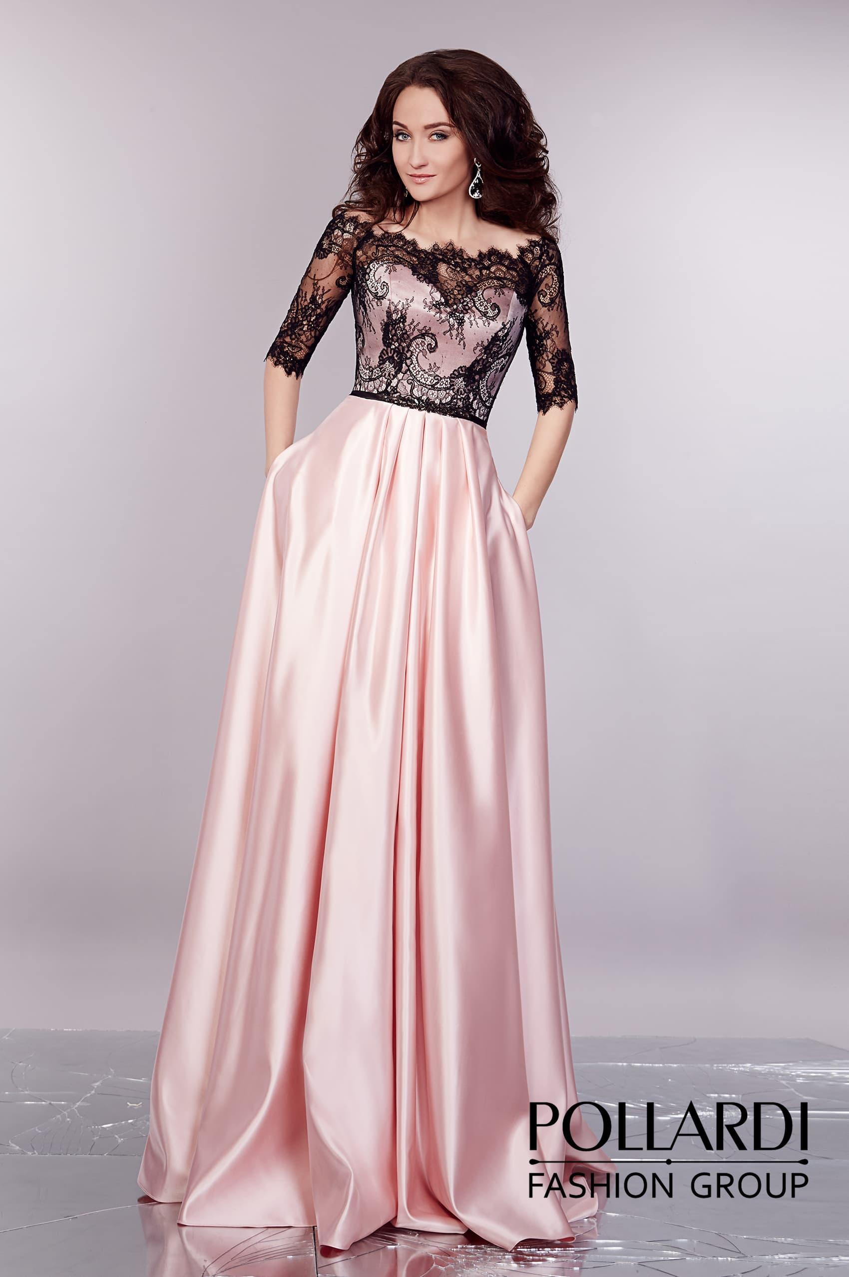 84ca29320c0 Розовое вечернее платье из глянцевого атласа с верхом из контрастного  черного кружева.