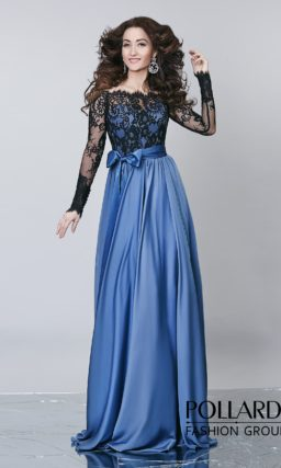 Элегантное вечернее платье с сиреневой юбкой из атласа и черным кружевным декором верха.