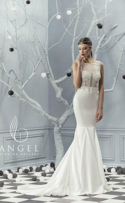 Необычное свадебное платье с атласной юбкой «русалка» и ажурным полупрозрачным верхом.