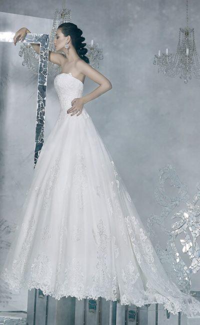 свадебное платье с лифом прямого кроя