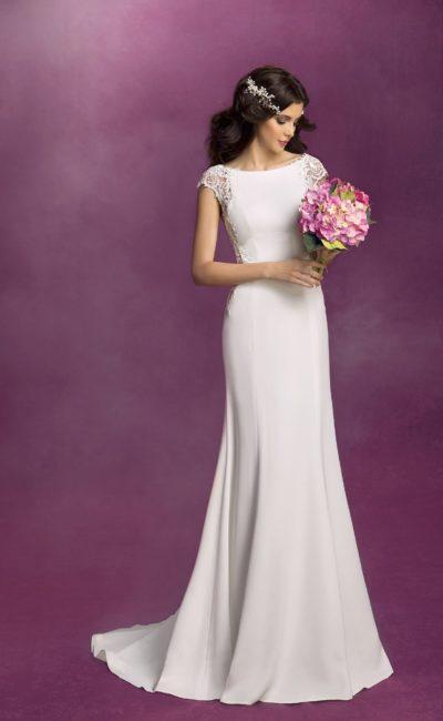 Деликатное свадебное платье