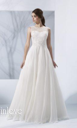 свадебное платье с полупрозрачной вставкой на спинке