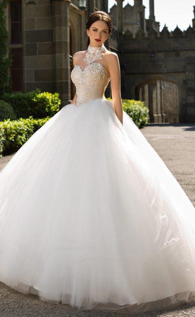 свадебное платье с бежевым корсетом