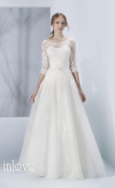 Свадебное платье с полупрозрачной спинкой