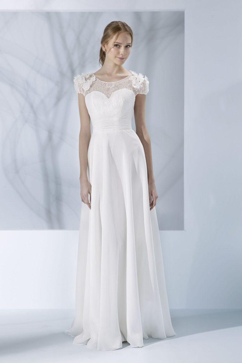 свадебное платье с полупрозрачной вставкой