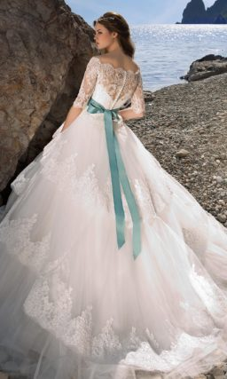 Торжественное свадебное платье