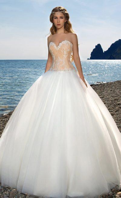свадебное платье с пышным подолом