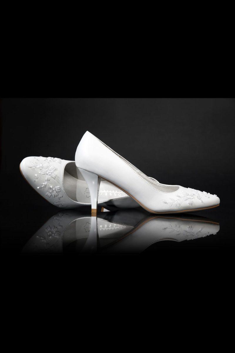 Туфли кожаные с элегантной вышивкой
